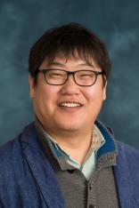 Uhn-Soo Cho Headshot