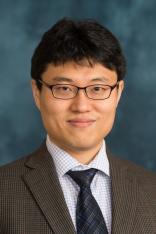 Jun Hee Lee Headshot